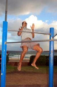 Clap Pull-Up